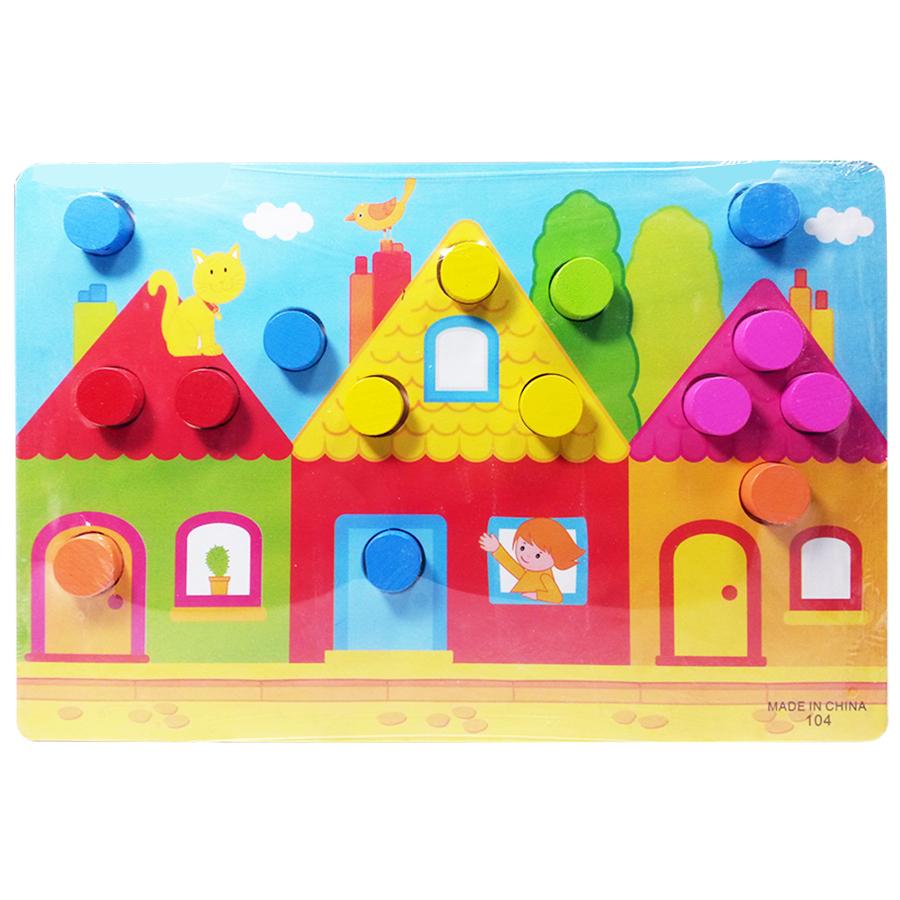 button-board-house