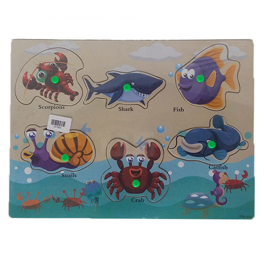 wood-board-large-sea-animals